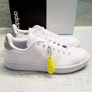 Adidas Advantage white & Silver sneakers